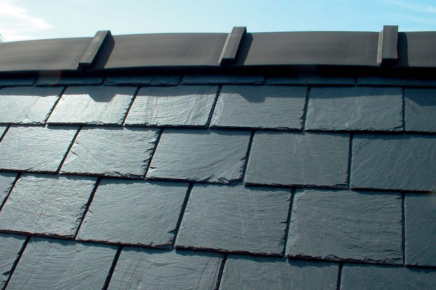 Cembrit roofing tile